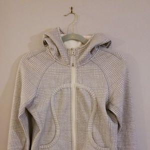 Lululemon knit pattern cowl neck hoodie